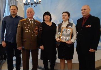 Ученица Инженерной школы Роскошная Арина стала лауреатом Фестиваля солдатской песни